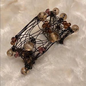 Jewelry - 🆕 NEW Handcrafted Wired & Bead Cuff Bracelet !!!